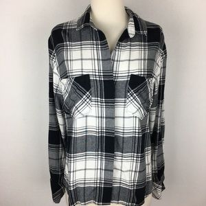 Cloth & Stone  Button Down NWOT Small
